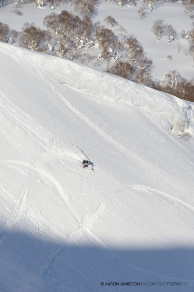 Oscar representing the skiiers in the snowsurfstyle comp.