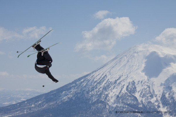 NISEKO HIRAFU SPRING PARK-It's time for getting Mt.Yotei shot!